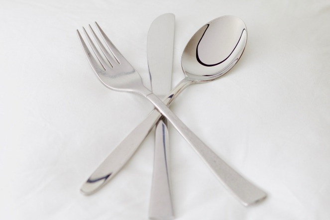 eating utensil etiquette american european